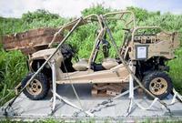 伊江島で空中投下の米軍車両、重量900キロの特殊作戦用 軍広報サイトに記載