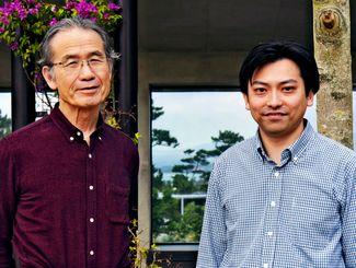 絶食による代謝の活性を解明した(左から)OISTの柳田充弘教授と照屋貴之博士(OIST提供)