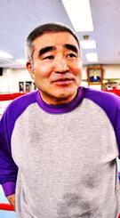 「連続KO記録は誰と戦い、達成したかも重要になる」と語る浜田剛史氏=東京・帝拳ジム(小笠原大介東京通信員撮影)