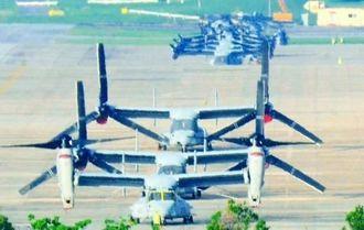 米軍普天間飛行場に駐機しているMV22オスプレイ。深夜の飛行も常態化している=9月、同飛行場