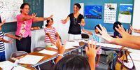 [週刊しまくとぅば新聞 うちなぁタイムス](第213号)/すごろく作り 言葉を学ぶ/「湧泉」が講座 親子20人楽しむ