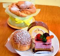 こだわりシュークリームに「幻のケーキ」 どれも食べたくなる、豊見城市宜保「sweetly」