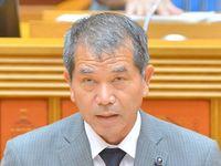 沖縄・自民の県議「反対派も暴言」 機動隊員の土人発言