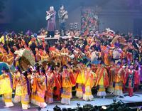 琉球音色響き、伝統芸能躍動 JTB杜の賑い 5千人の観客魅了
