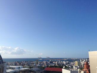 沖縄本島地方と先島諸島では台風21号の影響で次第に風が強まる見込み