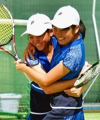 テニス少年女子、沖縄県勢20年ぶりV レスリング屋比久も国体制覇