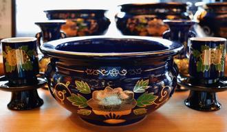 従来の陶器の仏具