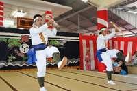 豊作願い多彩な芸能披露 沖縄・多良間島で「八月踊り」 29日まで