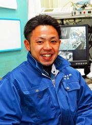 「焼却炉の温度管理には細心の注意を払います」と語る仲里樹さん=東京・足立区の日本衛生社