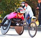 沖縄の若きホープ、強豪を圧倒 新レーサー乗りこなす喜納翼 大分国際車いすマラソン