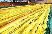 折り鶴でギネス記録! なんと長さ9.7km 沖縄市2万人の思いつなぐ
