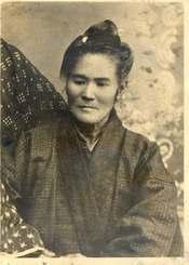 元海兵隊員が持っていた沖縄の女性の写真