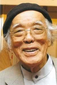 版画家の儀間比呂志さん死去 94歳 沖縄の原風景や戦争題材の作品多数