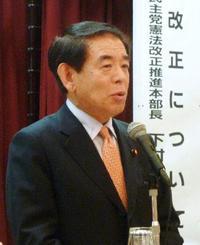 下村氏、憲法審幹事を辞退 職場放棄発言で野党硬化