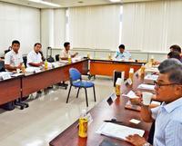 空手の技術継承へ、書籍化求める声 沖縄県振興ビジョン2部会