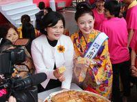 台湾で沖縄の味振る舞い交流 八重山台湾観光大使・梨梨亞さん
