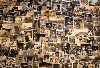 日本で撮影され、オーストラリアで見つかった写真の数々(「Untitled.Showa」提供・共同)