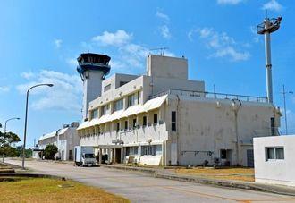 休港回避のために県費が投入される下地島空港=2014年10月、下地島
