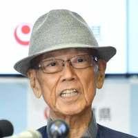 翁長氏の後継、8月30日までに擁立めざす 候補者は次回提示へ