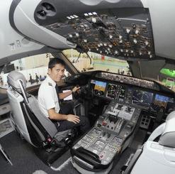 ボーイング787の操縦席=2011年