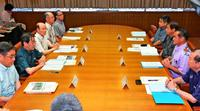 沖縄県知事選へ明言避けたが…佐喜真氏が一手 会議に特別参加、存在感PR