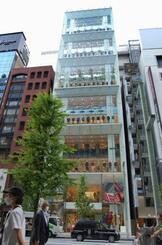 17日に刷新してオープンするユニクロ銀座店=15日午後、東京都中央区