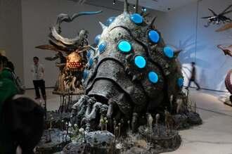映画「風の谷のナウシカ」に登場するキャラクター「王蟲」の模型も展示されている=12日、那覇市の県立博物館・美術館 ⓒStudio Ghibli