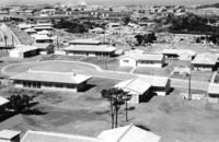 「米軍が重視したのは台風」 沖縄の建築にも影響 写真に残る基地内住宅工事