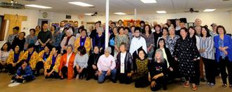 隣州からのゲストや友情出演も加わり、盛大に15周年を祝ったミシガン沖縄県人会=ミシガン州ランシング市内