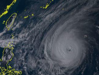 27日午後3時50分の台風26号(ひまわり8号リアルタイムwebから)