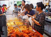 法人化に福利厚生の充実 沖縄の天ぷら店、熱き経営戦略