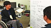 """だからこそ、車いすクッションの研究を 筋ジストロフィーの学生、挑戦の""""第2章"""""""