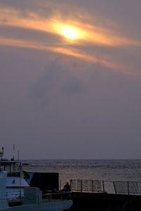 「良い時代だった」 平成にさようなら 最西端の与那国島で最後の夕日