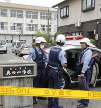 富山交番襲撃:拳銃所持は「想定外」 侵入自体防ぐ対策を【深掘り】