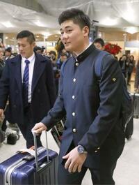 早実高の清宮幸太郎が札幌入り 日本ハム、24日に入団会見
