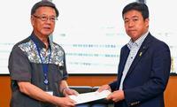 大型MICE施設、「必要性」一致も「財源」折り合わず 鶴保沖縄相と翁長知事が会談