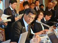 沖縄県の辺野古埋め立て撤回 国交相が執行停止を決定 近く工事再開へ