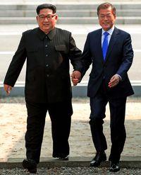 朝鮮半島を「完全非核化」/南北首脳が目標確認/終戦 年内に表明へ/板門店で会談/金氏「徹底履行する」