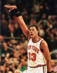 現役時代のパトリック・ユーイング選手=1996年(ロイター=共同)