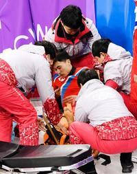 北朝鮮のスケート選手が右脚負傷 ショートトラック練習で転倒