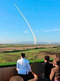 北朝鮮、対空ミサイル試射 金正恩氏が視察