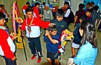 神森・美東、全国中学ハンドV快挙祝う 那覇空港で保護者ら出迎え
