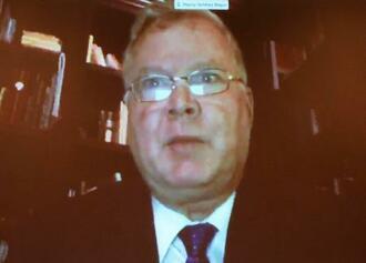 オンラインで結んで実施した日米財界人会議で、発言する米国のビーガン国務副長官