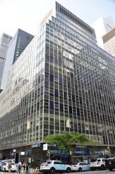 対米外国投資委員会が「海航集団」に売却を命じたビル=10日、ニューヨーク(共同)