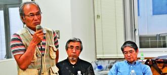 事故当時、宮森小の児童だった(左から)佐次田満さん、島袋力夫さん、仲間司さん=3日、うるま市石川