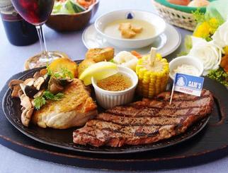 サムズバイザシーの父の日ディナー「白身魚のバターソテーガーリックマッシュルーム添え&サーロインステーキ」