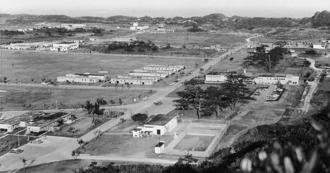 現在の琉球ゴルフ倶楽部にあったCIAの秘密施設キャンプ知念。広い敷地にプールなどが点在する(撮影年不明、ロバート・ジャクソン氏提供)