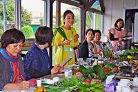 県産薬草使い 食生活を提案/吉岡さんが「食薬教室」