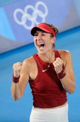 女子シングルス決勝 優勝し叫ぶベリンダ・ベンチッチ=有明テニスの森公園