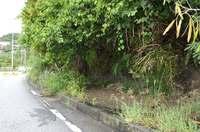 中城村の土砂崩れ、片側通行に 完全復旧は19日以降
